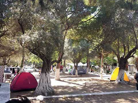 Kuşadası Kamp Alanları | Çadır ve Karavan Kampı