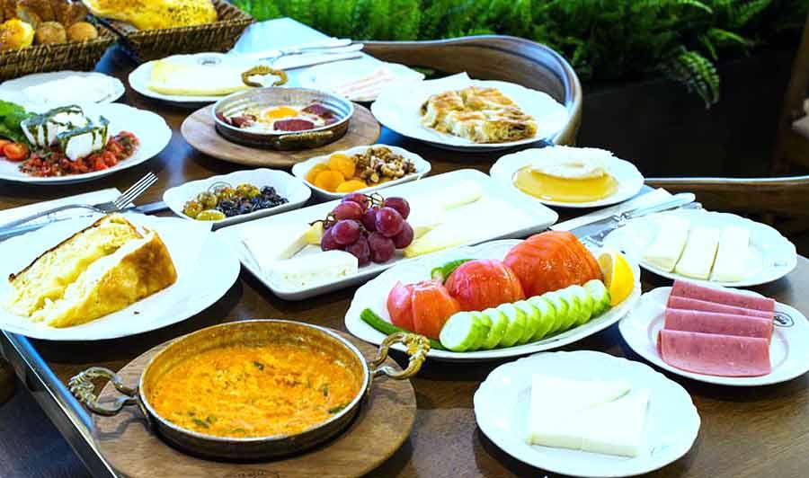 Sütiş – Emirgân- avrupa yakasi kahvaltı