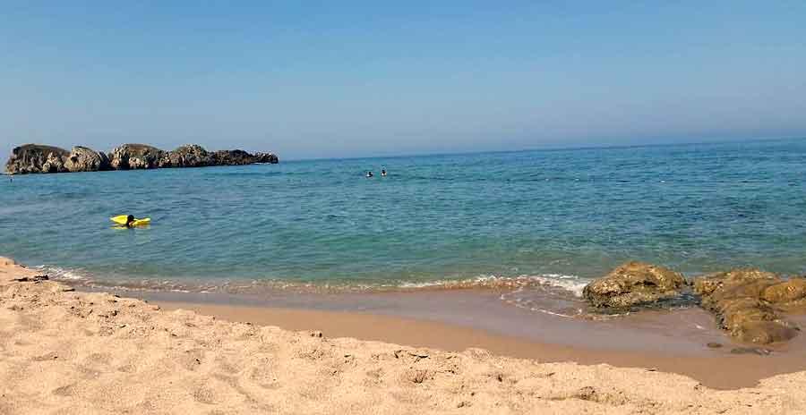 Akçakese Köyü ve plajı
